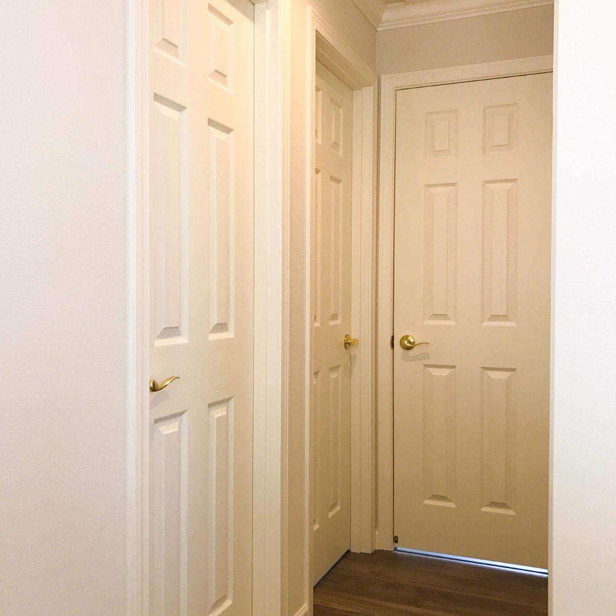 ロビンスジャパンの3階ドア
