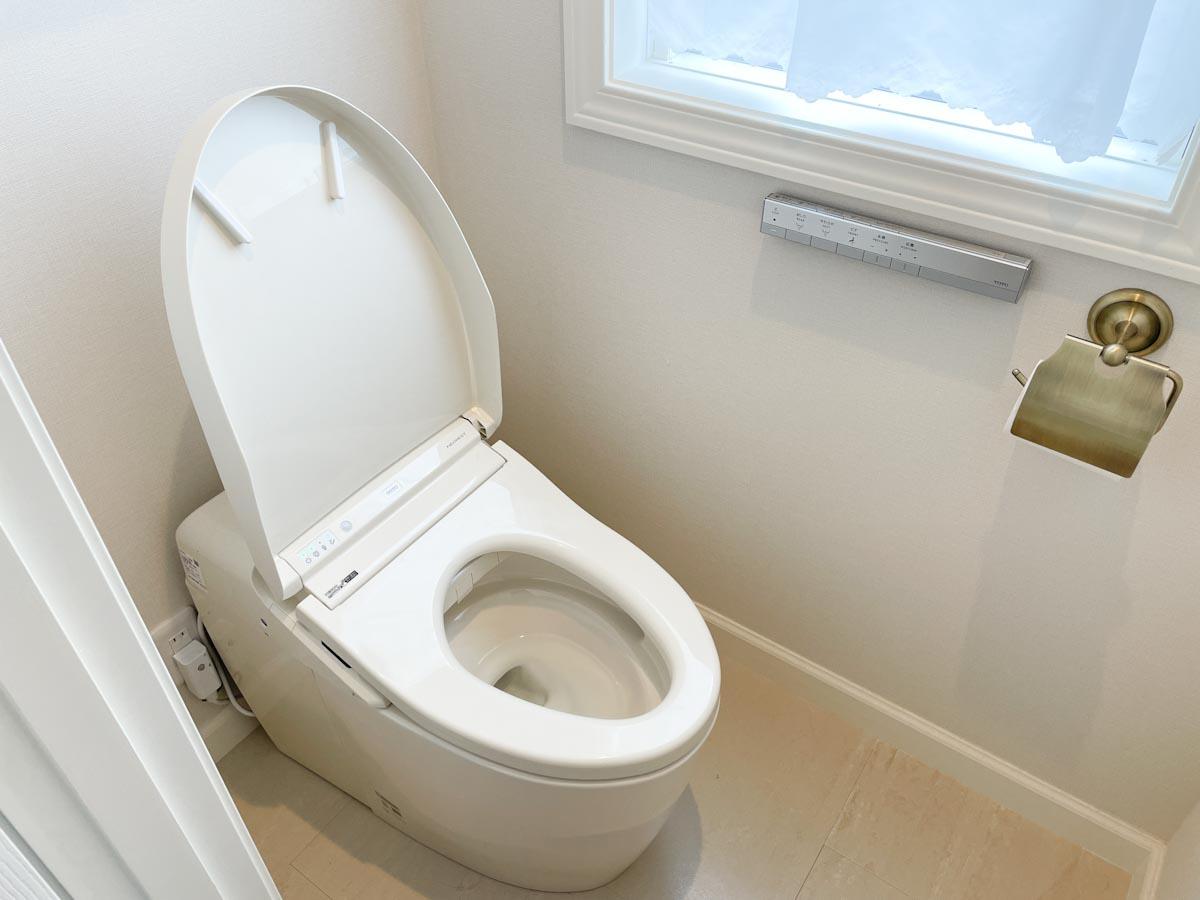 ネオレストDH1のパステルアイボリーのトイレのパステルアイボリーのトイレ